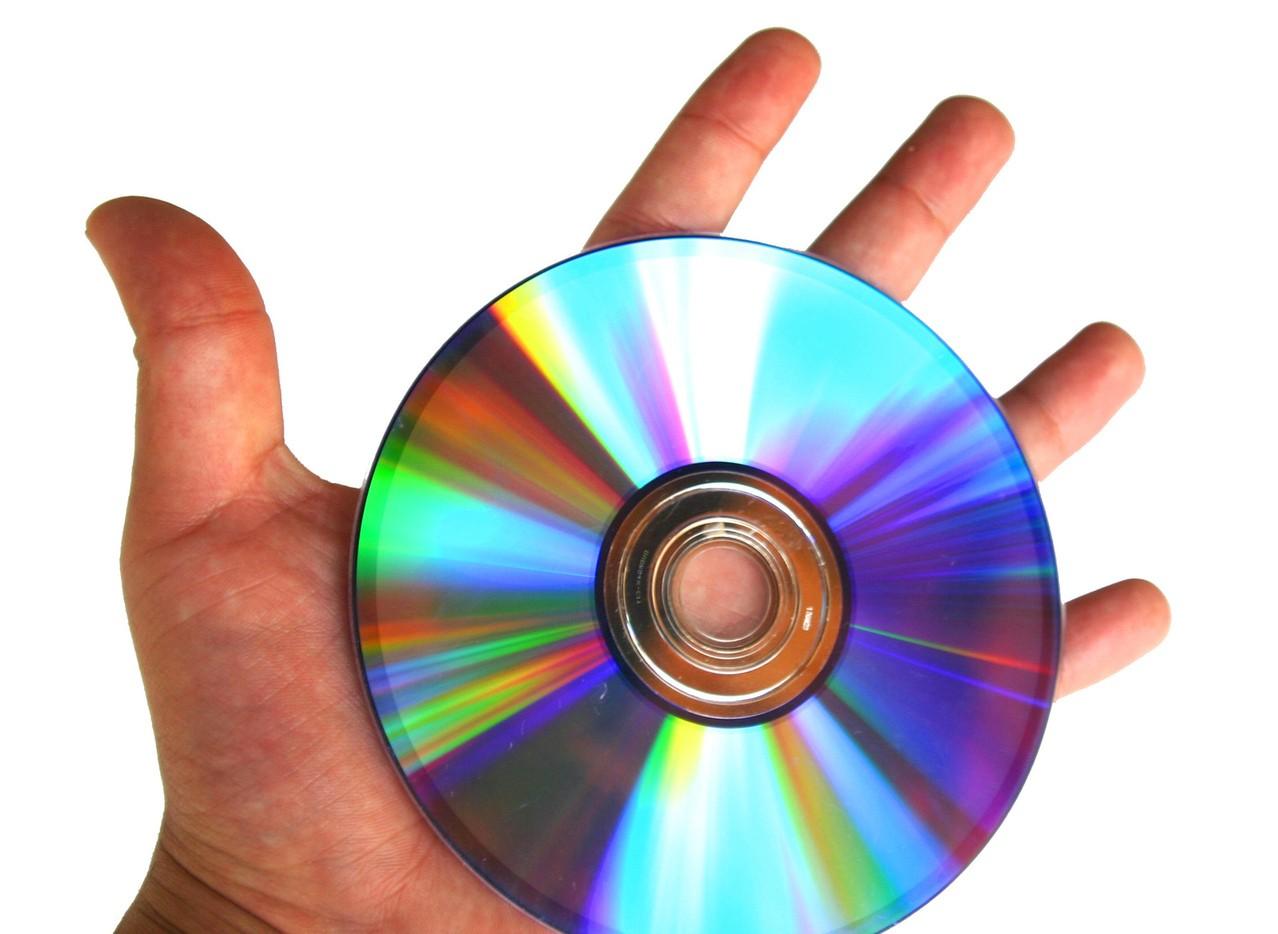 Podstawowy sprzęt do nagrywania muzyki – niezbędny komputer